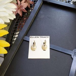 ELLEN TRACY GOLD TONE EARRINGS